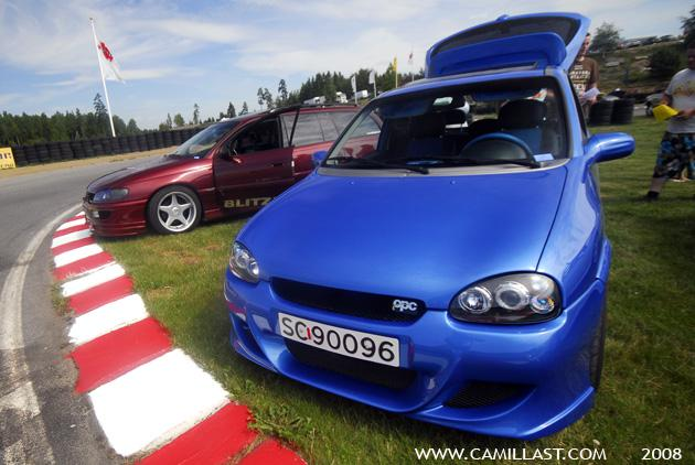 1998 opel corsa opel corsa sport carzone specials bodykit arden blue with rainbow flakes eff. Black Bedroom Furniture Sets. Home Design Ideas